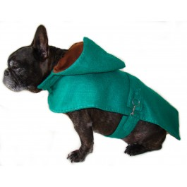 Dog Coat in Green Felt by Ilse Leader